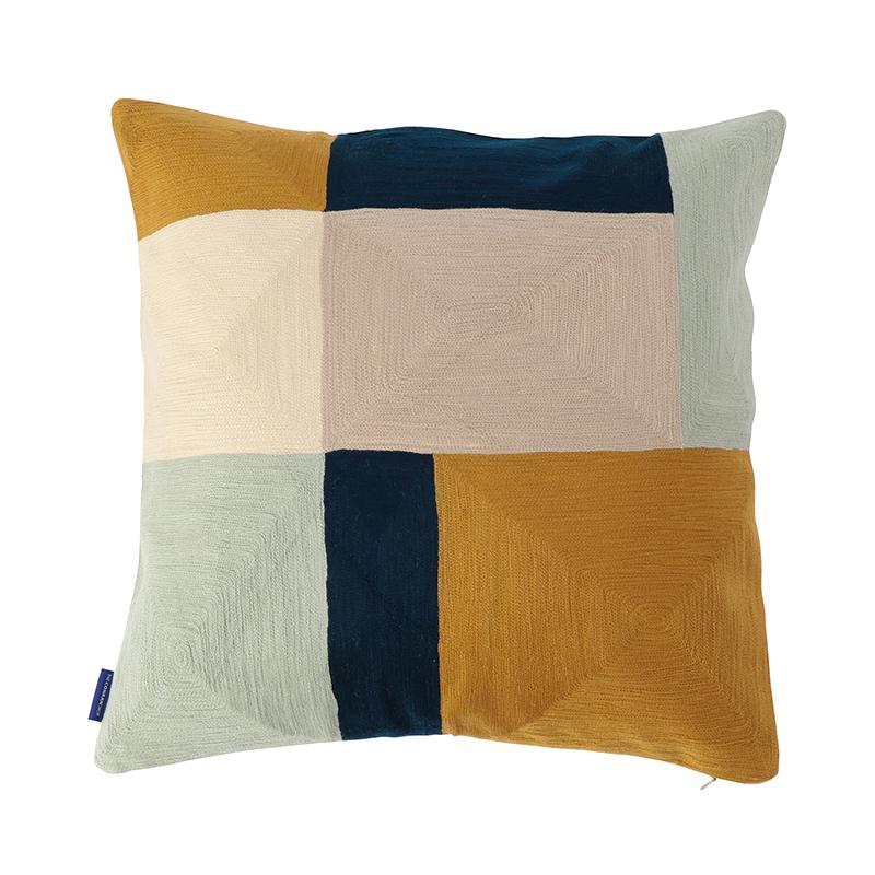 【cushion cover campaign 対象品】 ORIGINAL BLOK CREWEL CC 45X45 OCHRE