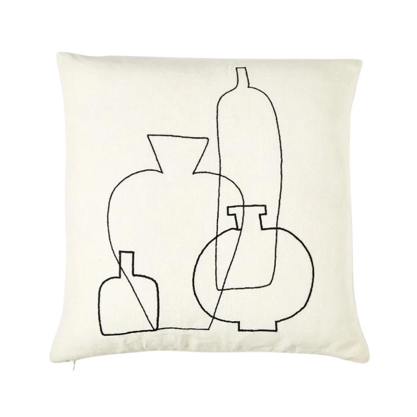 【cushion cover campaign 対象品】 ORIGINAL VASE EMBROIDERED CC 45X45 WHITE & BLACK