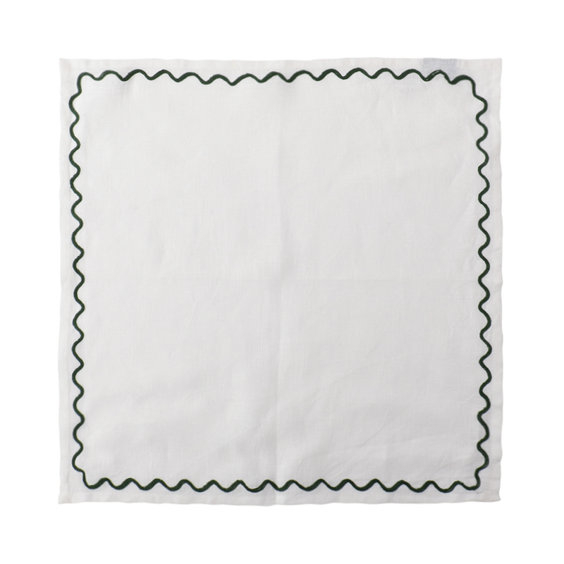 SCALLOPED EMBROIDERED NAPKIN GREEN 45X45