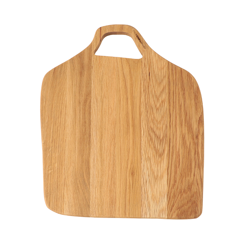 SQUARE CHOPPING BOARD OAK (41.5 X 33.9CM)