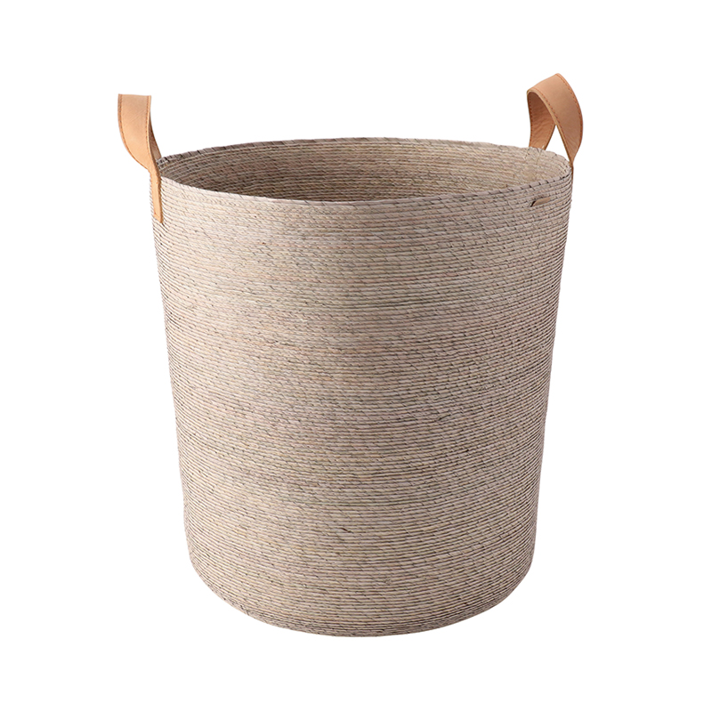 TAMBO BASKET WITH LEATHER HANDLE