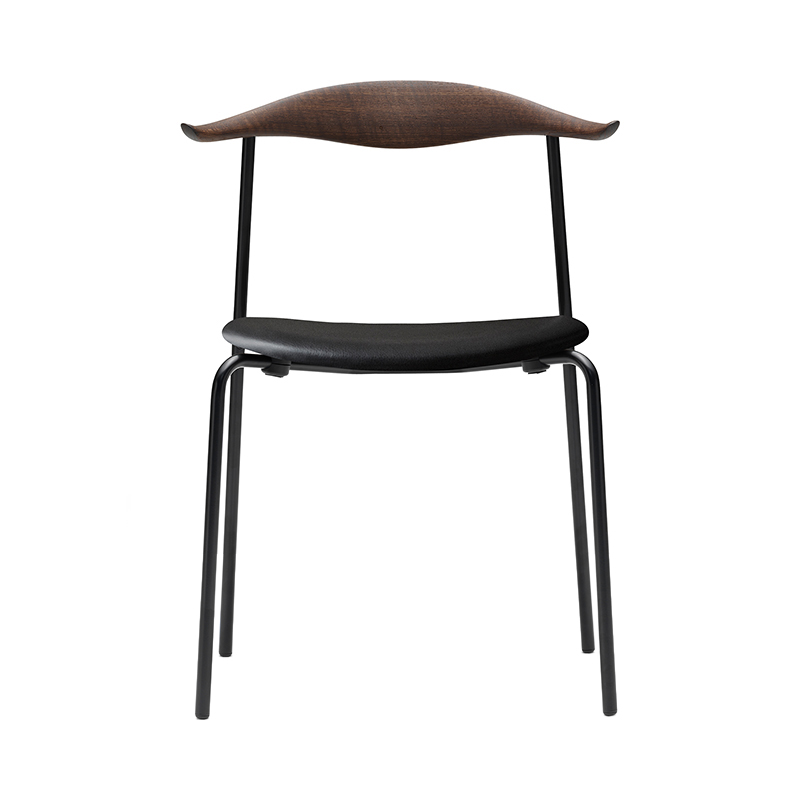 CH88P CHAIR SMOKED OAK THOR301 BLACK LEATHER / BLACK LEG