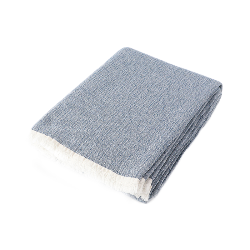 STONEWASH COTTON THROW LIGHT BLUE