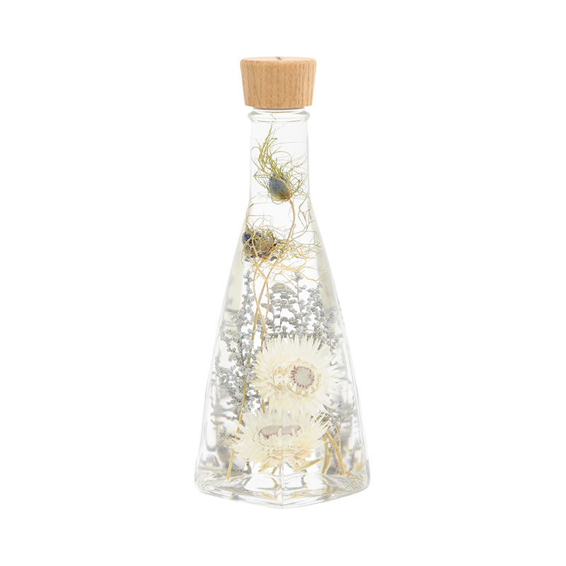HERBIER SILVER DAISY PYRAMID BOTTLE