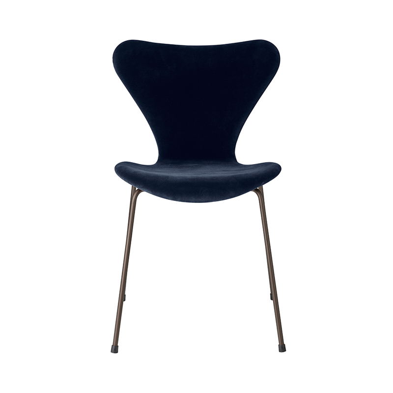 SERIES 7 CHAIR VELVET BELFAST MIDNIGHT BLUE
